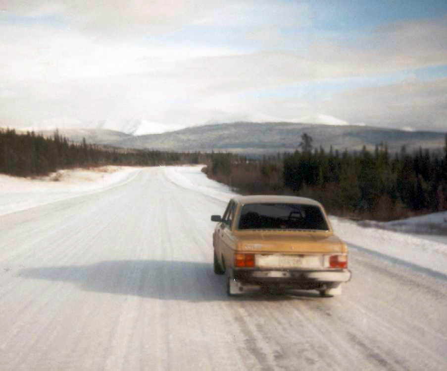 Alcan Highway in Winter, Volvo 240 DL